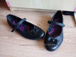 Школьные туфли Bootleg Clarks р 39- 40