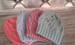 Шапки вязані