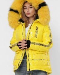 Пальто , куртки , пуховики