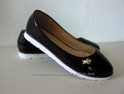 Туфли женские черные лак на белой подошве 36, 37, 38, 39, 40