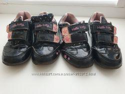 Продам кроссовки Hello Kitty 27 размера
