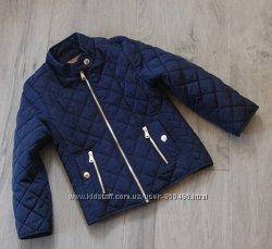 Стеганная курточка zara