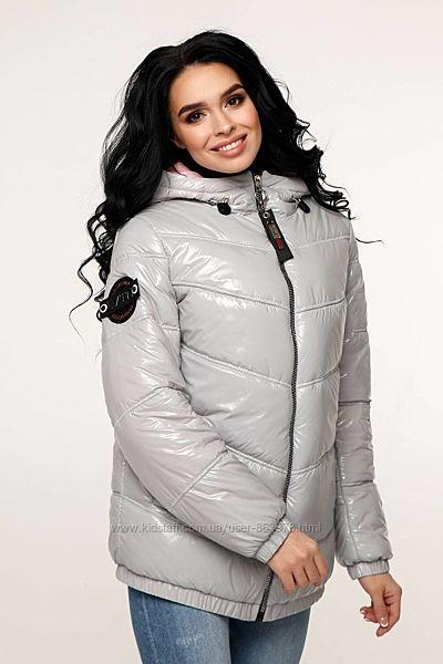 Крутая демисезонная куртка лаковая F1237, р.44-54