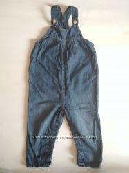 Тонкий джинсовый комбинезон для девочки