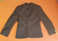 Пиджак для мальчика черный 128 р. C&A Германия
