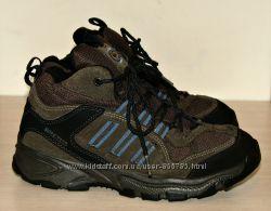 Ботинки деми Adidas  Climaproof Gore-tex  34р