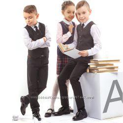 Школьный костюм для мальчика жилет, брюки. Школьная форма костюмы, пиджаки