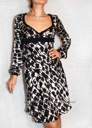 Hfn чудесное итальянское платьеце с глубоким декольте