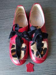 Кожаные нарядные туфли Bata стелька 20 см