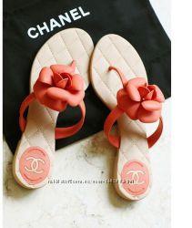 Стильные вьетнамки шлепанцы в стиле Chanel