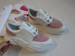 Белые кожаные натуральные кроссовки пудра 36-40р
