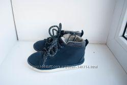 Ботинки демисезонные весенние зара на мальчика темно синего цвета
