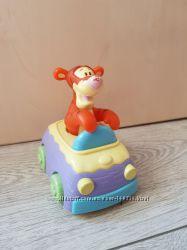 Развивающая игрушка Clementoni Музыкальный Тигра Винни Пух - погремушка&nbsp