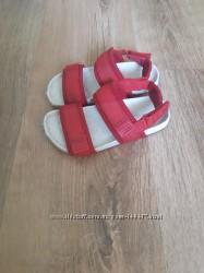 Zara kids 28 р сандалі