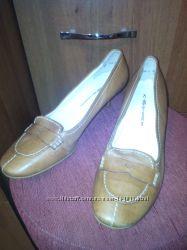 Кожаные туфли светло-коричневого цвета 38, 5 р. новые