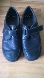 Черные туфли на широкую ножку