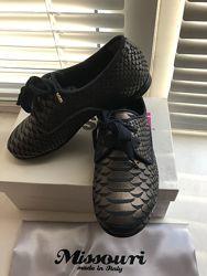Новые. Итальянские туфельки для принцесс.