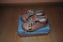 Кожаные кроссовки -туфли Chicco 25 размер
