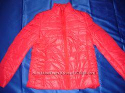 яркая красная женская весенняя куртка демисезонные р-р 48 46 44