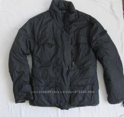 Зимняя мужская куртка с оконтовкой кожзама.