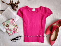 Розовая футболка укороченная