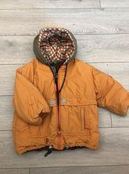 Оригинальная куртка утепленная с рюкзачком