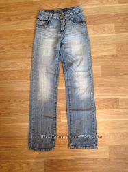 Очень классные джинсы Gloria Jeans р. 140
