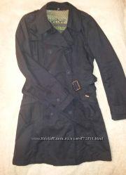 Утепленный плащ NAF NAF тренч пальто