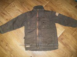 Куртка для мальчика 4-6 лет , рост около 110см