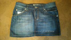 Красивая стильная модная джинсовая мини юбка с украшениями отделка кожа