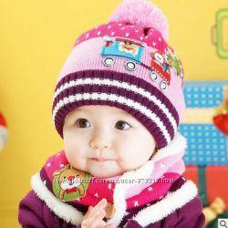 Детская вязаная шапка и хомут