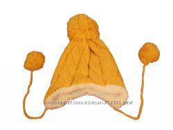 Детская вязаная шапка с помпоном