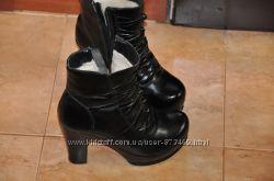 Шкіряні зимові черевички