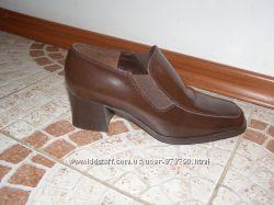 Туфлі 38 розмірі шкіра див фото