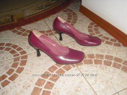 Туфлі бренду fr шкіра 37 розмір 24 см Італія