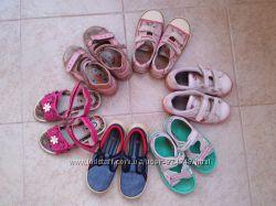 Взуття на дівчинку 26-28 р
