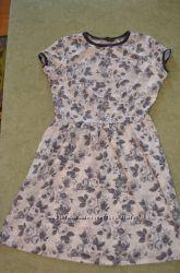 Платье Dorothy Perkins р. 10 38  в отличном состоянии