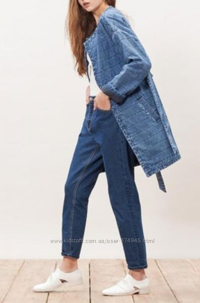 Крутое джинсовое стеганое осеннее пальто на запах бренда stradivarius s-m.