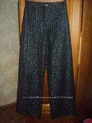 Нарядные черные блестящие брюки р. 42-46