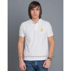 Мужская футболка с вышитым трезубом
