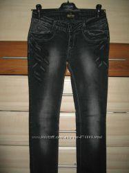 Фірмові джинси TRUSSARDI, розмір 26