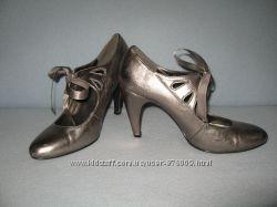 Класні мешти-туфлі, розмір 41 стєлька 26, 5 см
