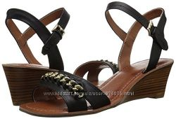Боссоножки Tommy Hilfiger Women s Mojito Wedge Sandal