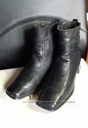 Продам кожаные полусапожки р. 41 по стельке 26, 5 см