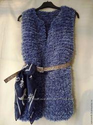 Вязаная женская жилетка безрукавка ручной работы под заказ