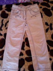 Почти новые джинсы на 110 рост