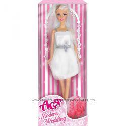 Кукла Модная свадьба с аксессуарами Ася 35055