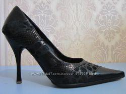 Туфлі жіночі шкіряні 36р BASCONI
