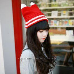 Молодёжная шапка с рожками. Два цвета