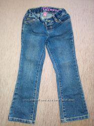 продам джинсы CHILDRENSPLACE 4Т на девочку